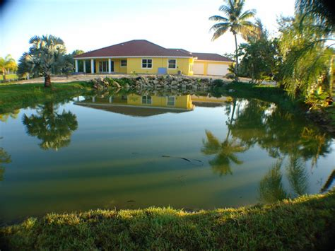 paradise luxury villa for adults on peninsula