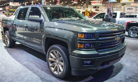 chevrolet avalanche price new 2017 chevy avalanche redesign price rumors 2017