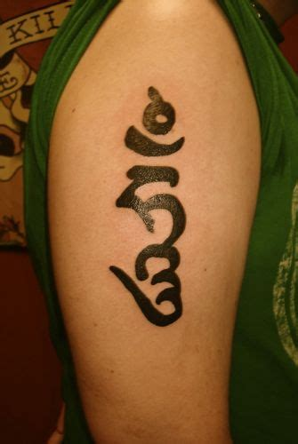 tibetan om tattoo designs buddhist symbols