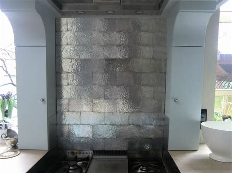 piastrelle cucina design artigianato italiano piastrelle in metallo per bagno e cucina
