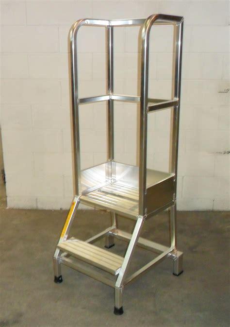 produzione sgabelli sgabello industriale fisso scale dc produzione e vendita