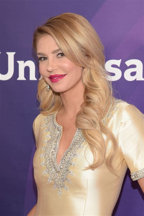 brandi glanville defends   controversial nativity scene photo update