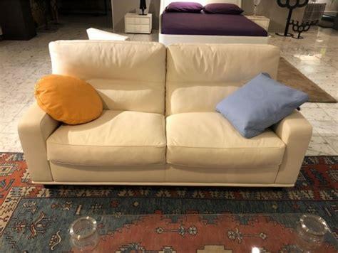 poltrona frau prezzi divani divani poltrona frau