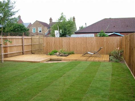 Small Back Garden Decking Ideas Raise Vegetables On Deck Small Garden Decking Ideas