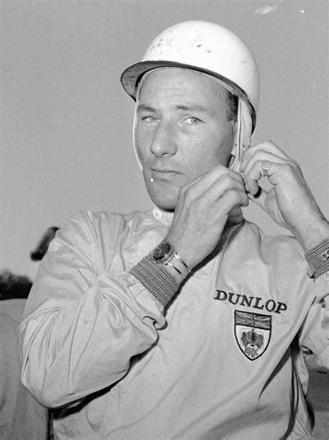 Motor racing great Stirling Moss dies aged 90   CTV News