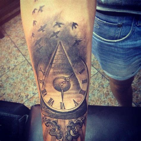 pyramid clock tattoo 36 best pyramid clock images on clock