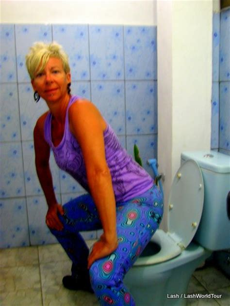 travel tips  techniques  avoid sitting  toilet seats