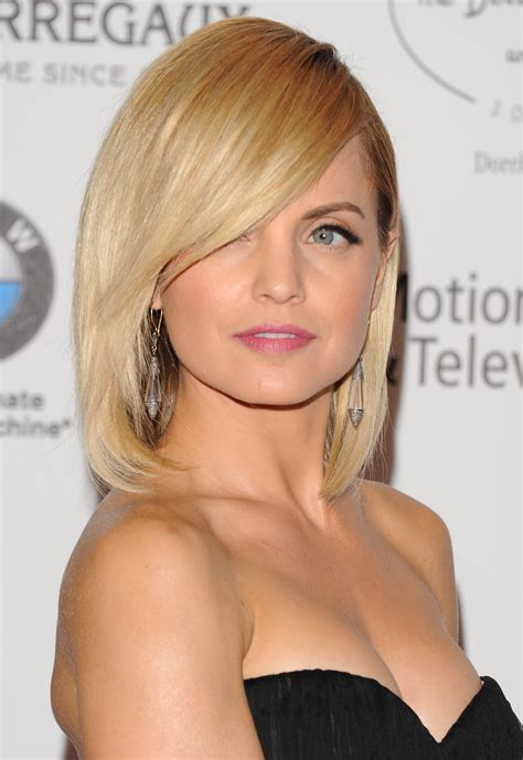 sweep fringe hairstyles the best celebrity side swept fringe hairstyles women