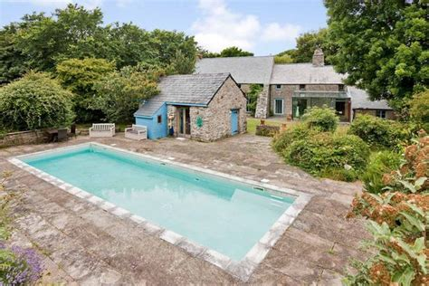 Cottages With Swimming Pools In Wales by 19 Brilliant Places To Stay With Tubs And Pools In