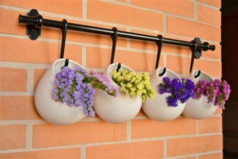 fiori con la e come arredare il balcone di casa o il terrazzo