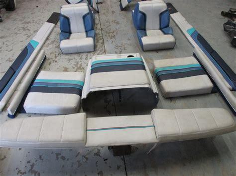 1987 17 Ft Bayliner Capri Interior Seats Cushions Back