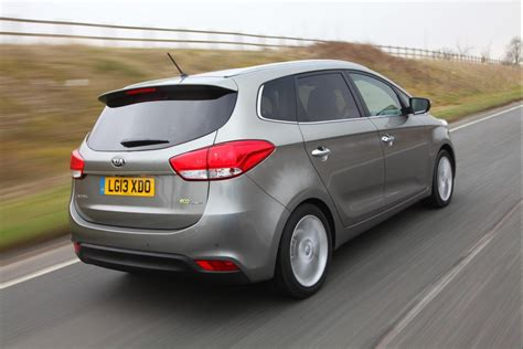 Casing Kunci Kia All New Carens kia carens uk pricing specs released autoevolution