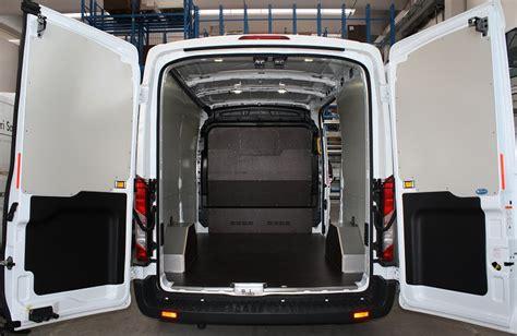 interni ford 2014 rivestimento interno e pianale per transit ford 2014