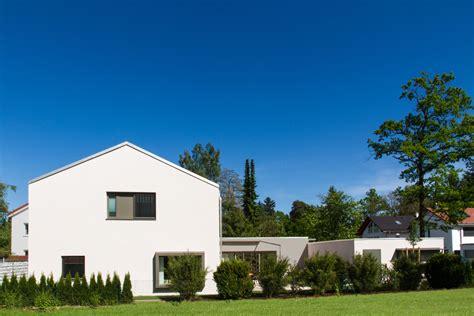 suche einfamilienhaus zum kauf einfamilienhaus mit garage muenchenarchitektur