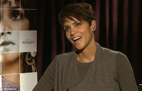 Halle Sets The Record Hollyscoop by Halle Berry Dismisses Reports That Marriage To Olivier