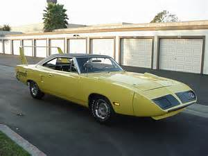 Plymouth Superbird : High Flying Race Car That Changed Nascar