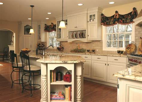 French country kitchen with angled penninsula traditional kitchen