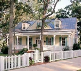 southern country homes 95 best door and house color images on pinterest