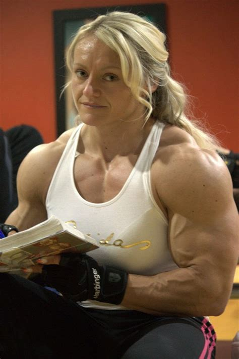 top 10 hottest female bodybuilders all time glitzyworld some of us just prefer big muscular women healthy business