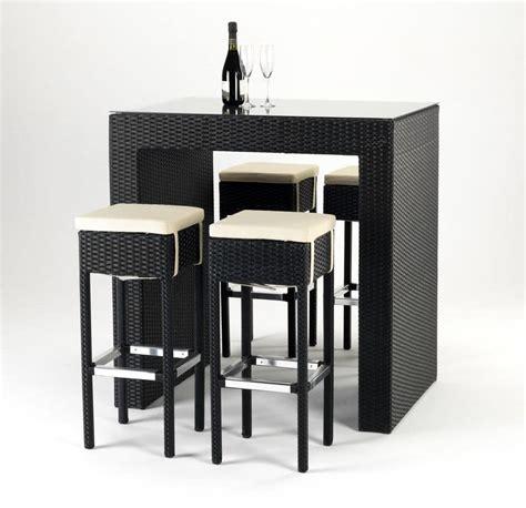 tavoli per sgabelli sm004rat set sgabelli e tavolino in rattan per esterni