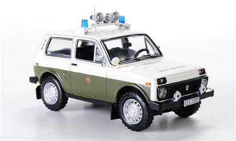 lada ministeriale lada niva miniature vaz2121 volkspolizei 1978 ist models