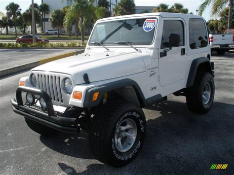 White Jeep With Interior by 2000 White Jeep Wrangler Sport 4x4 16222316