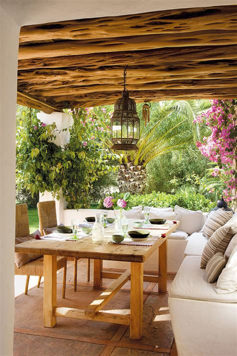 Stylish Entertaining by Coastal Style Outdoor Entertaining Mediterranean Style
