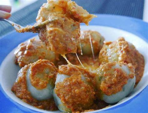 resep cilok daging ayam bumbu kacang khas bandung pentol