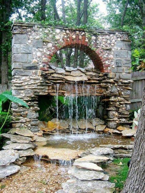 Gartengestaltung Mit Wasserfall by Gartengestaltung Mit Wasserfall Ber 1000 Ideen Zu Garten
