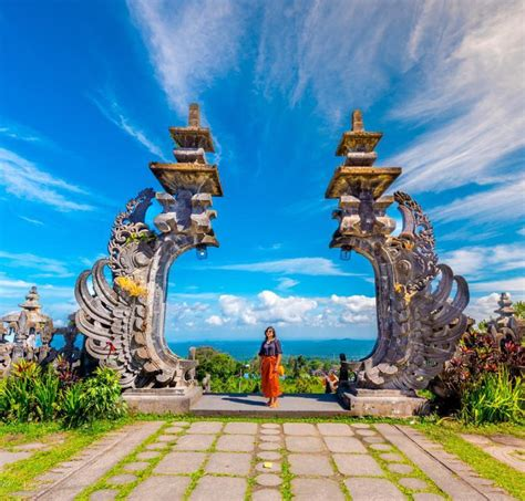 mother temple  bali  lempuyangs gates  heaven