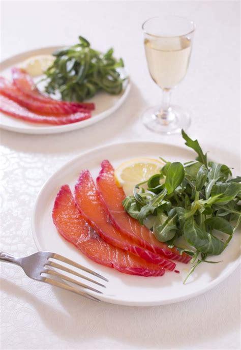 cuisine entr馥 froide gravelax saumon betterave fa 231 on oliver les