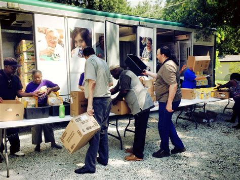 Joliet Food Pantry by Upcoming Mobile Food Pantries