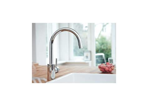 Grohe 32 665 Kitchen Faucet by Faucet 32665001 In Starlight Chrome By Grohe