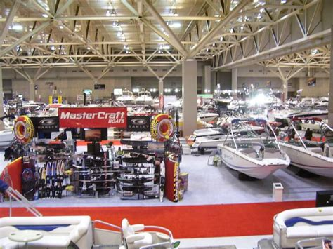 boat house st louis st louis boat show 2015 stl weekend events march 5 8 progressive 174 insurance st