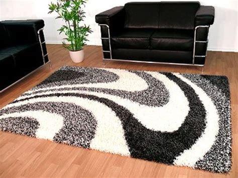 teppich sofa anordnung teppich hochflor innenr 228 ume und m 246 bel ideen