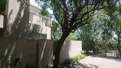 apartment to rent in hyde park sandton for r 11 000 2 bedroom apartment to rent hyde park sandton