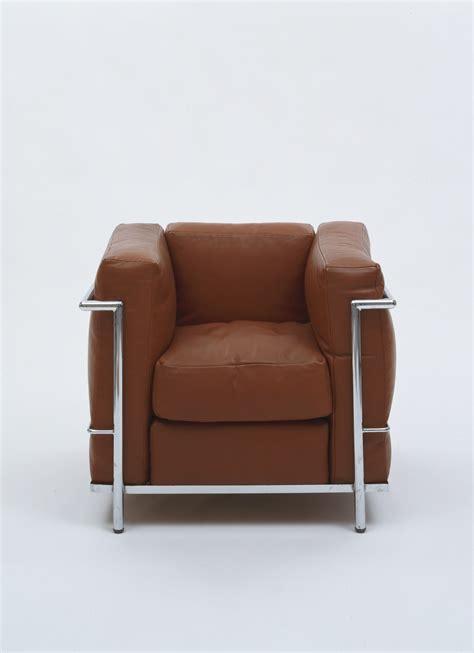 gran confort sofas le corbusier grand confort 3 lc3 sofa 2 seater replica