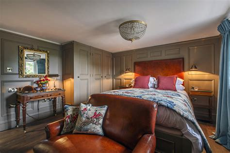 Sofa King Hillington by The Ffolkes Hotel Hillington Sandringham