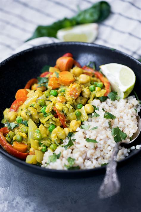 vegan thai green curry paste recipe healing lemongrass chickpea thai green curry with toasted