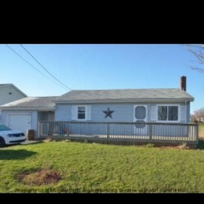 houses for rent home with garage for rent in shubenacadie