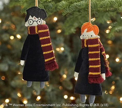 harry potter christmas decorating ideas harry potter decor pottery barn