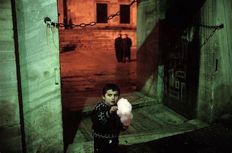 alex webb istanbul city master street photographers alex webb