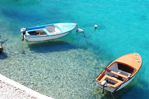 floating boat images floating boats free stock photo public domain pictures