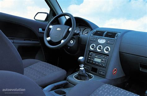 Ford Mondeo 2001 Interior by Ford Mondeo Wagon Specs 2000 2001 2002 2003