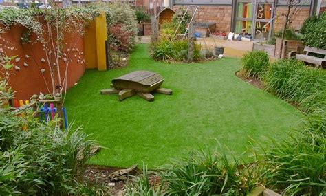 prato artificiale per giardino erba sintetica per giardini prato