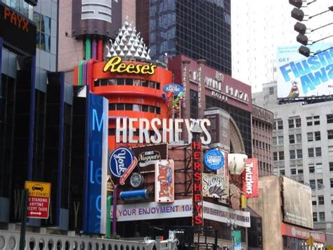 nyc store hershey s times square new york city ny hours address