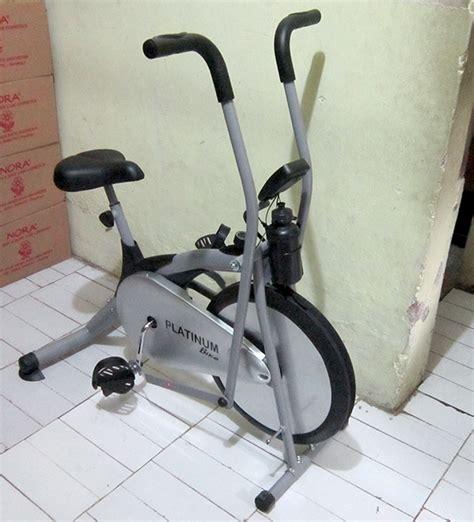 Sepeda Statis Platinum Bike Terapi Merk Total 1 croos trainer bike platinum sepeda olahraga magentik slimmer