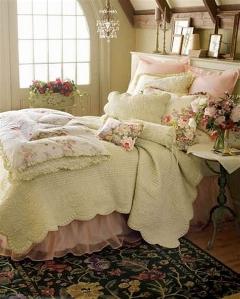 Shabby Chic Bedroom Decorating Ideas by 24 French Style Bedrooms Messagenote