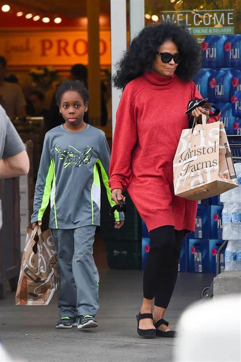 Diana Ross And Grandson Raif Henok Kendrick Go Grocery