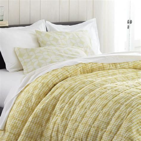 kayla hand guided yellow and white king quilt set for my 70 best images about dodie s condo on pinterest queen